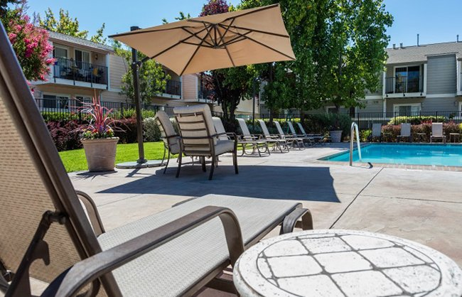 Vineyard Gardens Apartments in Santa Rosa, CA