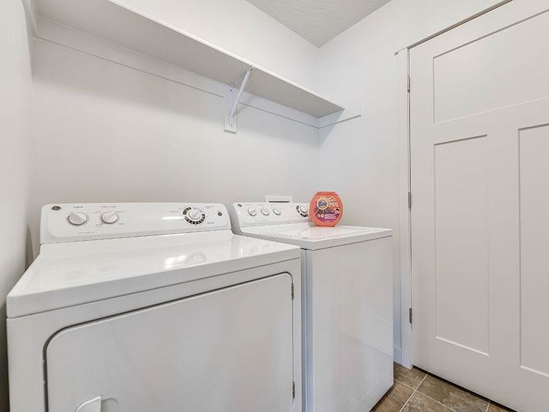 Washer & Dryer | Apartments in North Salt Lake, UT