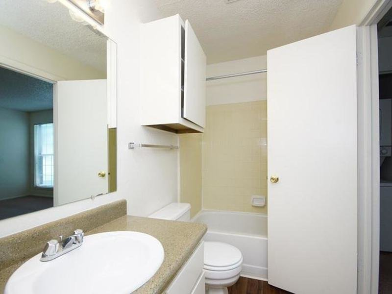 Bathroom | The Village at Raintree