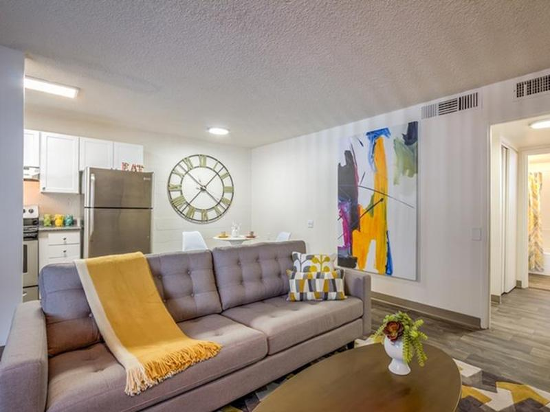 Living Room | The Argyle Apartments