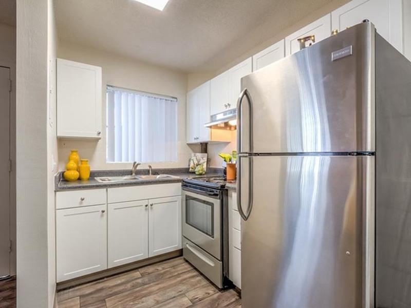 Kitchen | The Argyle Apartments