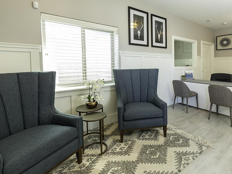 Clubhouse Living Room | Ridgeview