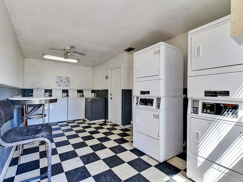 Laundry Facility | The Rail at Georgetown