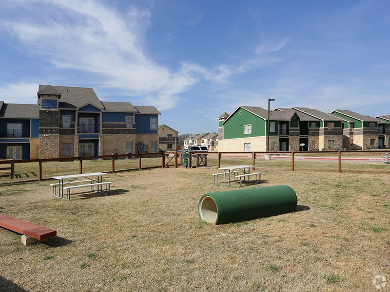 Dog Park | Woodlands of Denton Apartments