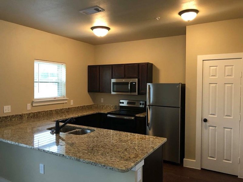 Kitchen Counters | Woodlands of Denton Apartments