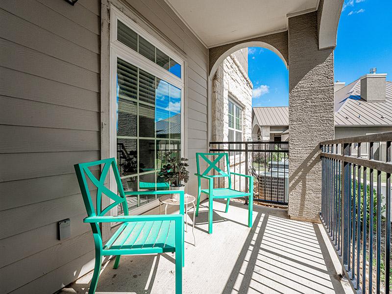 Balcony | Cascadia Apartments