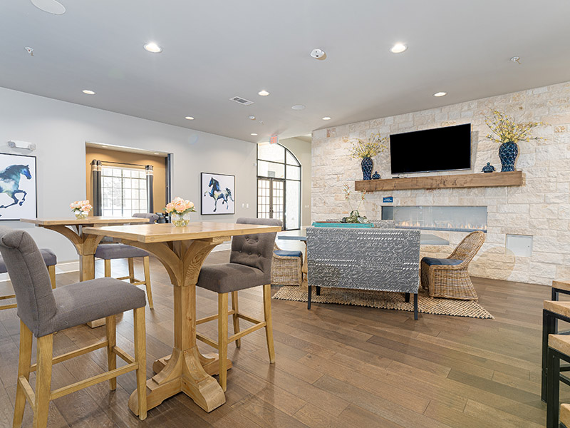 Resident Clubhouse | Cascadia Apartments in San Antonio, TX