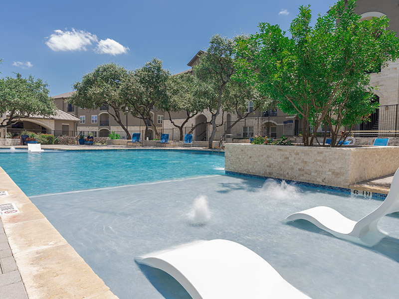 Pool | Cascadia Apartments in San Antonio, TX