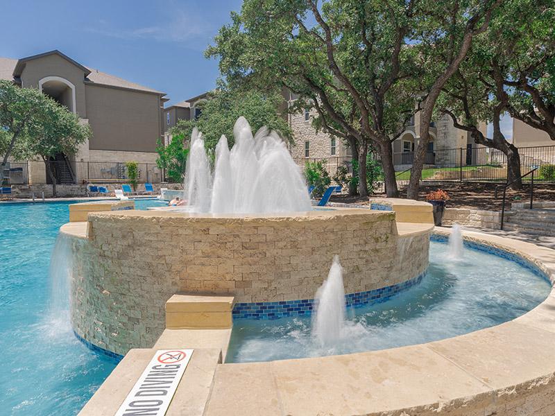 Luxury Pool | Cascadia Apartments in San Antonio, TX