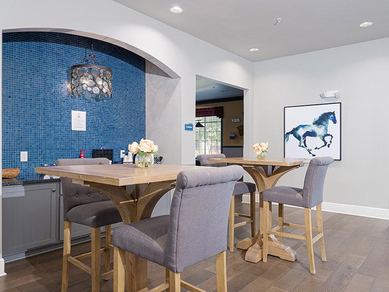 Clubhouse Interior | Cascadia Apartments in San Antonio, TX
