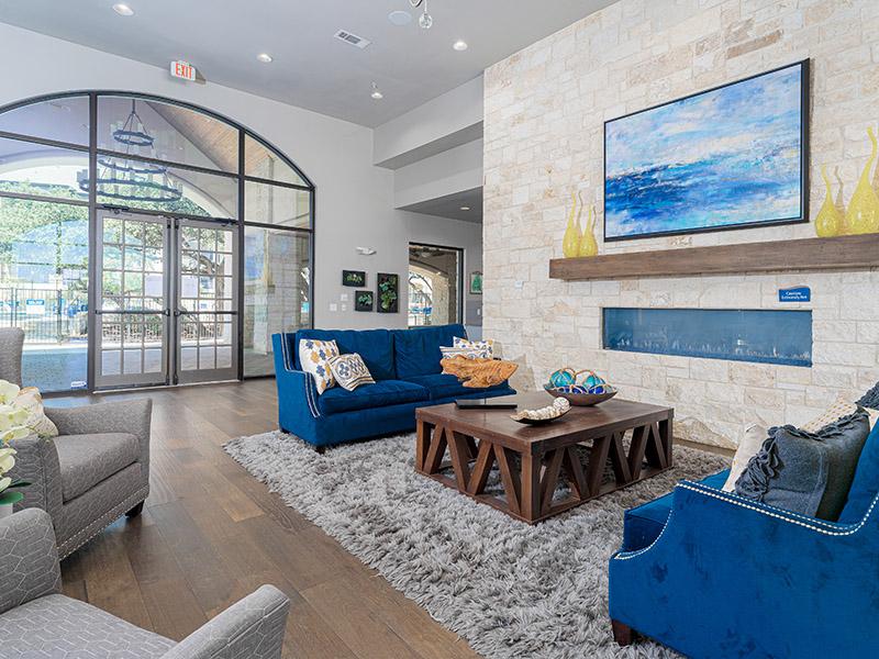 Lounge | Cascadia Apartments in San Antonio, TX