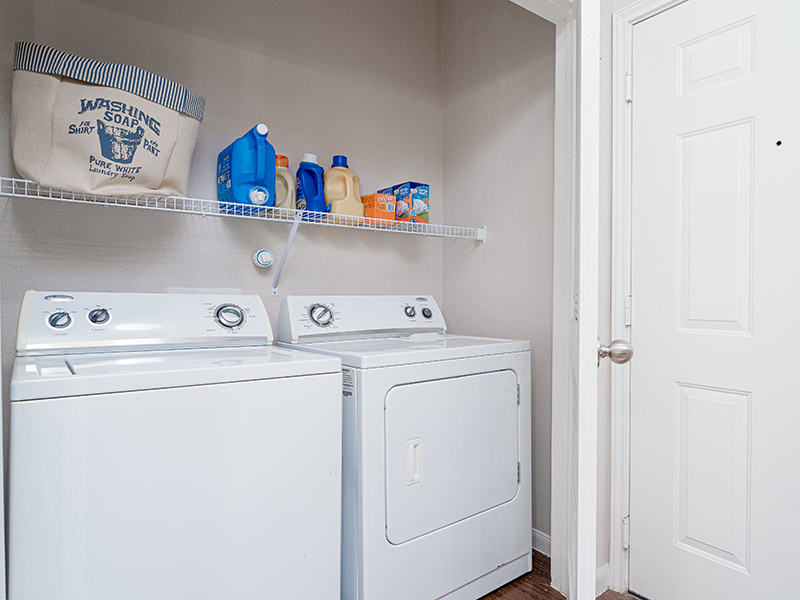 Washer & Dryer | Cascadia Apartments