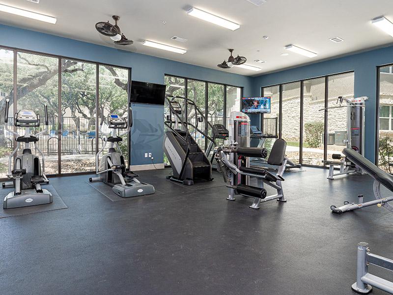 Gym | Cascadia Apartments in San Antonio, TX