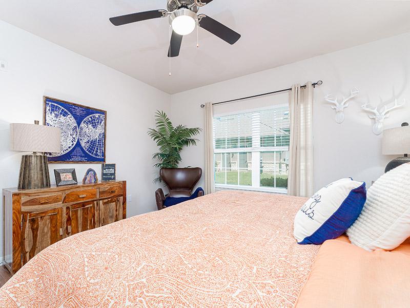 Spacious Interior | Cascadia Apartments in San Antonio, TX