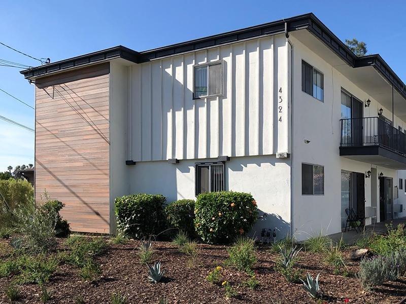 Building   Echo Point Apartments in La Mesa, CA