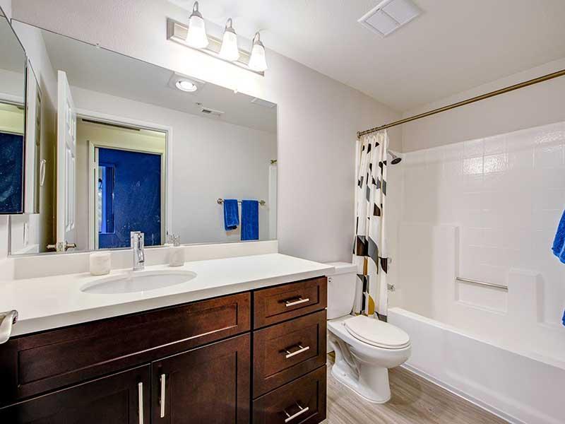 Bathroom   Elevate Long Beach