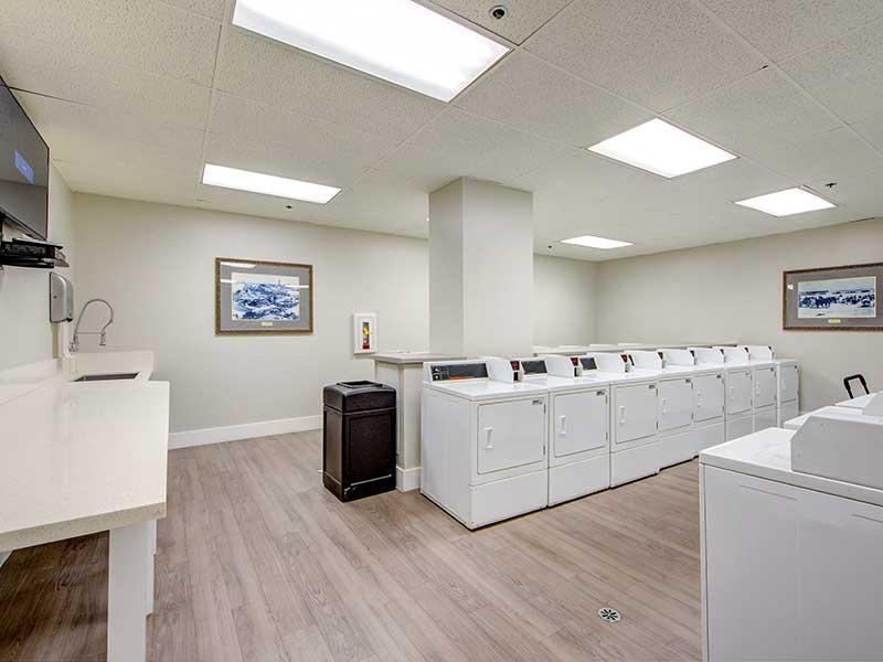 Laundry Center   Elevate Long Beach