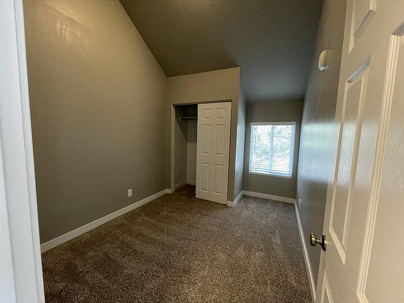 Room | Layton Meadows Apartments