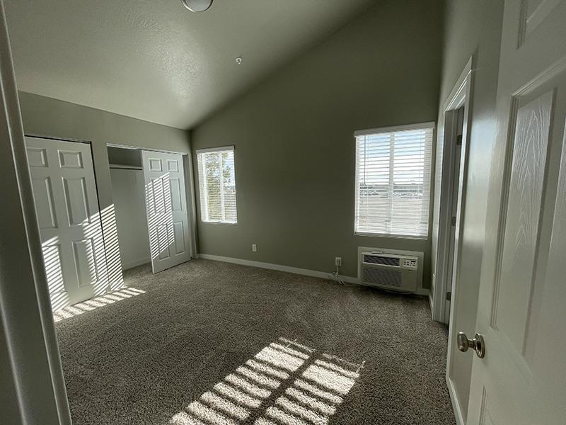 Bedroom | Layton Meadows Apartments