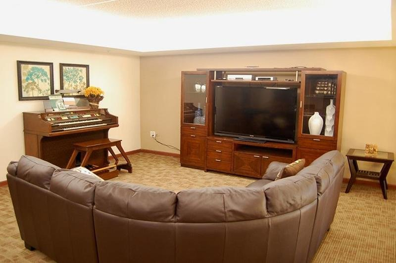 Apartments for rent in fox lake il for 3 bedroom apartments in lake county il