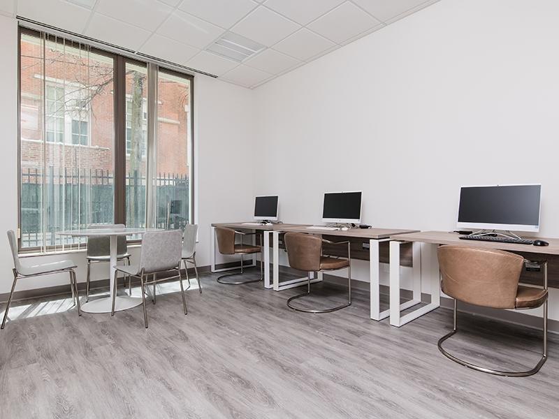 Business Center | Maple Pointe