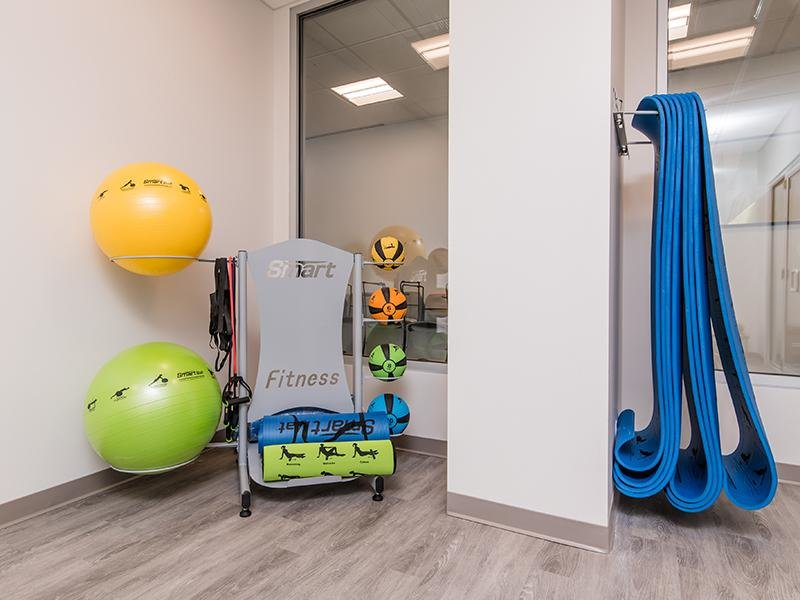 Workout Equipment | Maple Pointe