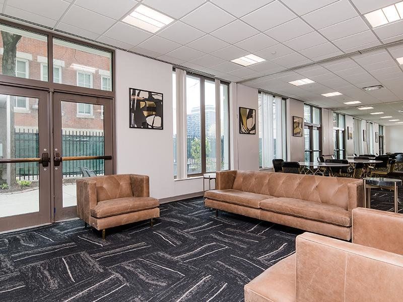 Resident Lounge | Maple Pointe