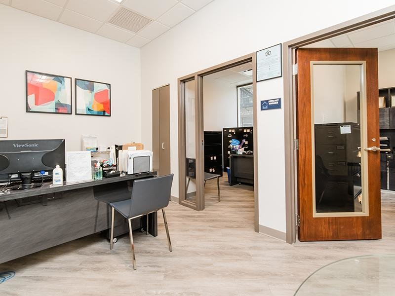 Leasing Center | Maple Pointe