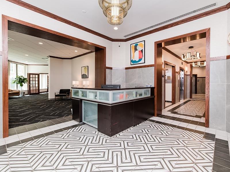 Lobby | Maple Pointe