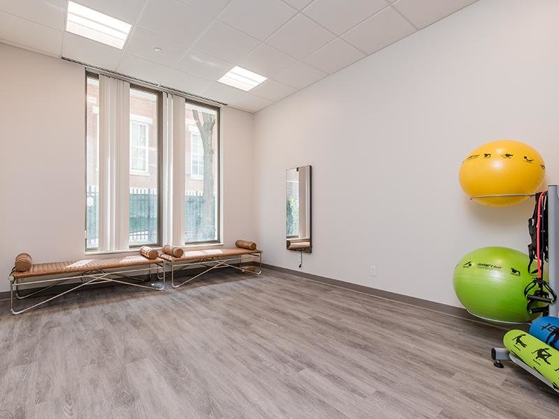 Workout Room | Maple Pointe