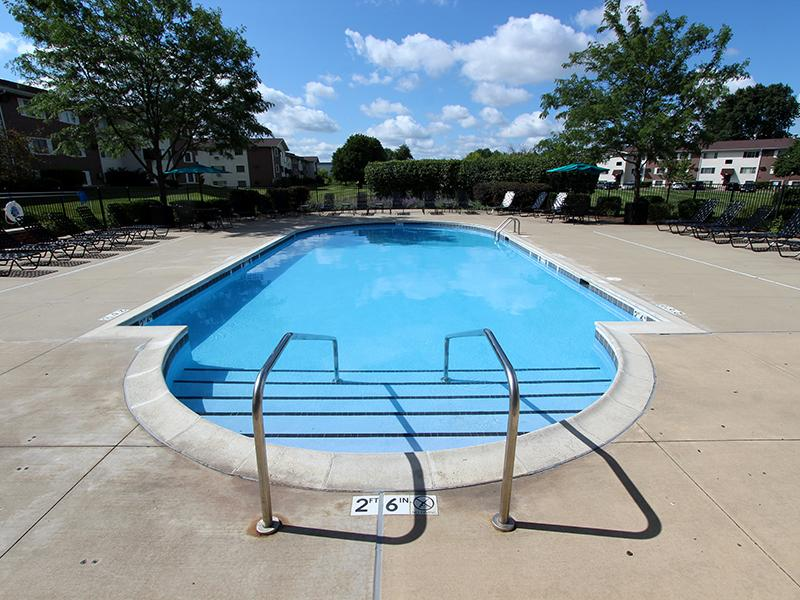 Riverstone Apartments Bolingbrook, IL