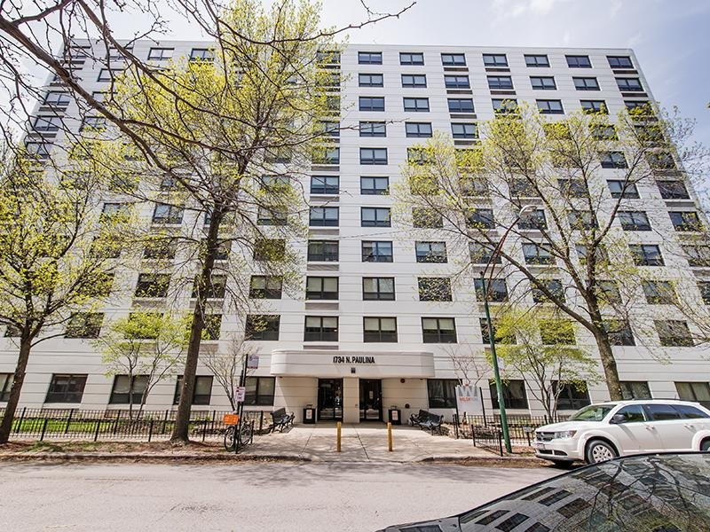Walsh Park Apartments in Chicago