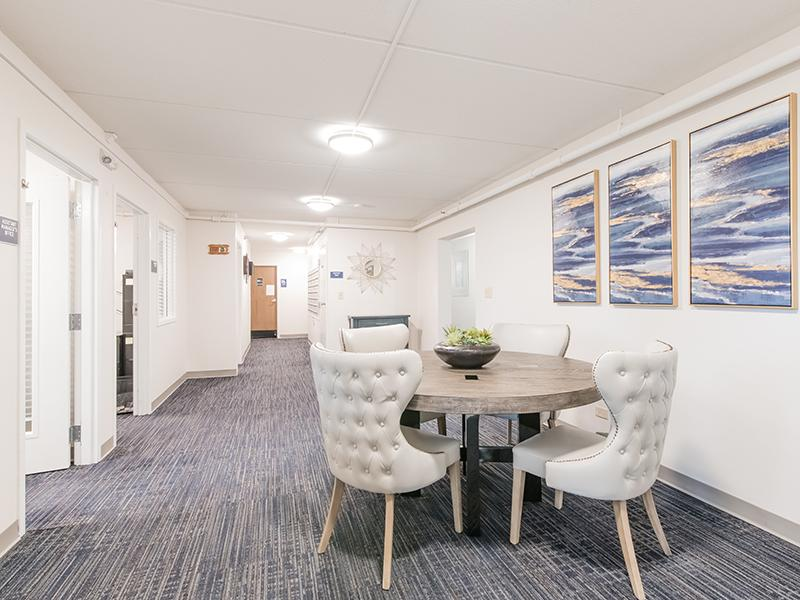 Seating | Centennial South Apartments in Mount Prospect, IL