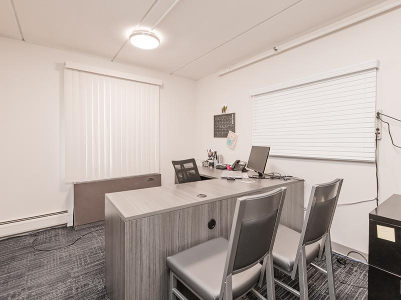 Leasing Office | Centennial South Apartments in Mount Prospect, IL