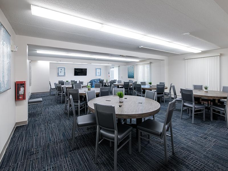 Event Room | Centennial South Apartments in Mount Prospect, IL