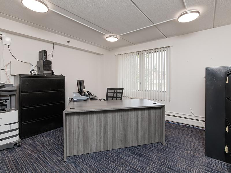 Office | Centennial South Apartments in Mount Prospect, IL