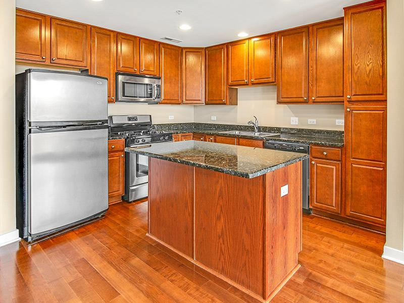 Stainless Steel Appliances | Kingston Pointe Apartments