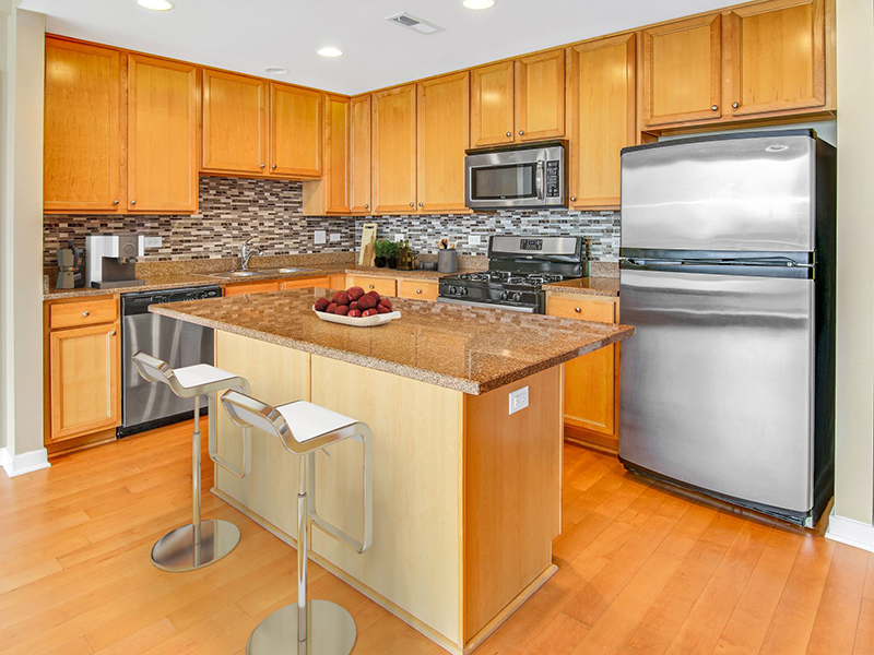 Fully Equipped Kitchen | Kingston Pointe