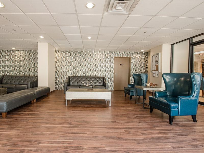 Westwind Towers Apartments in Elgin, IL