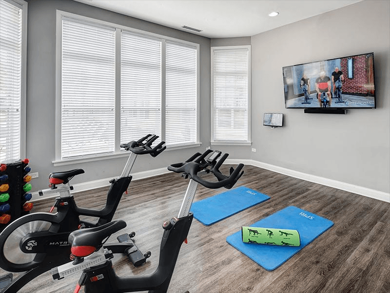 Cardio Center | River Run at Naperville