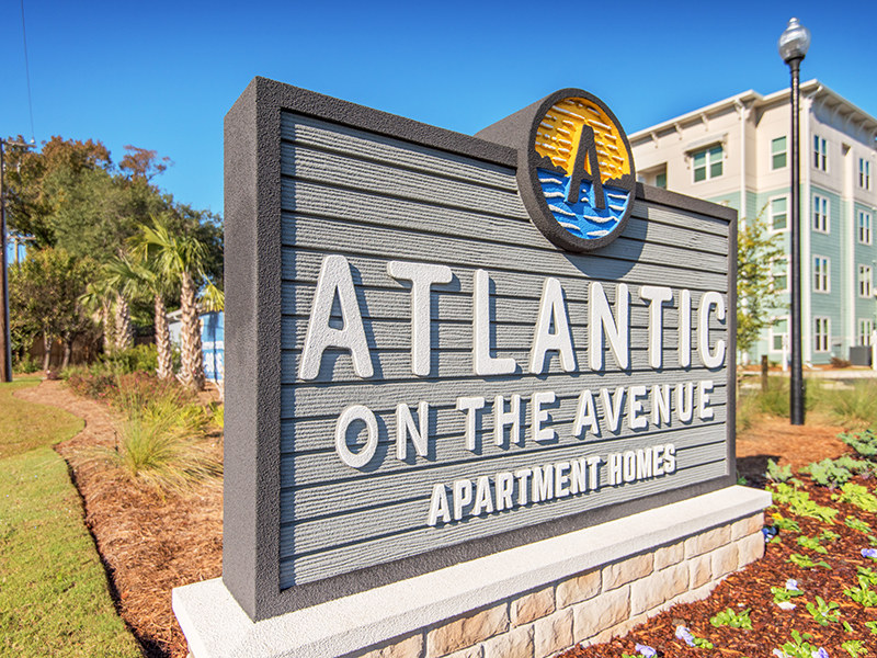 Sign   Atlantic on the Avenue