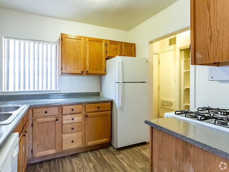 Fully Equipped Kitchen | Park Shadows