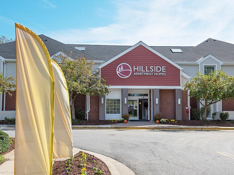 Exterior | Hillside