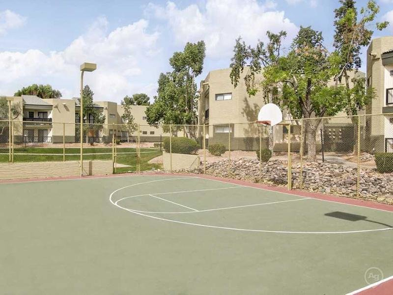Basketball Court | Apartments in Mesa, AZ