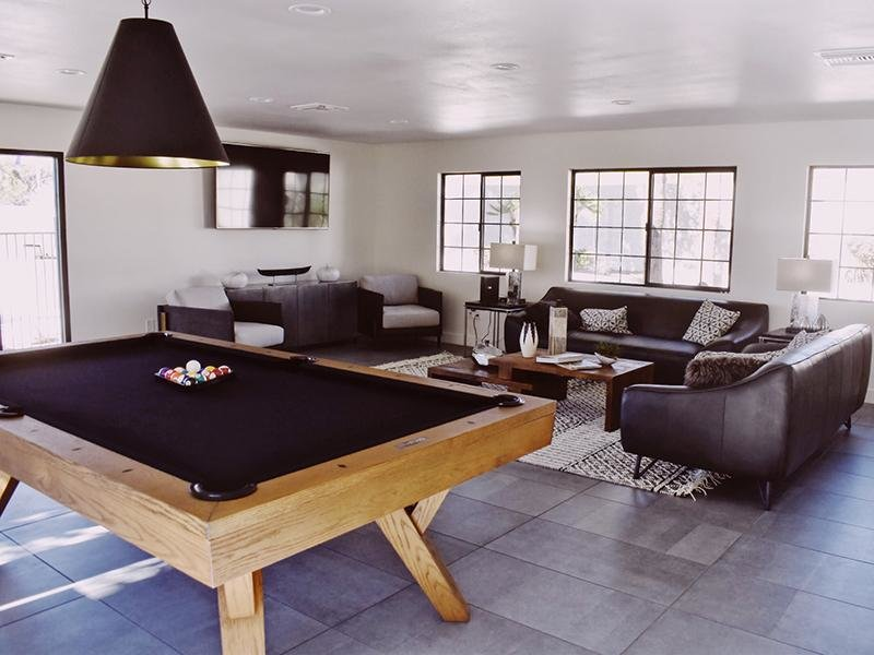 Clubhouse Lounge With Pool Table | Entrada Apartments in Tucson AZ