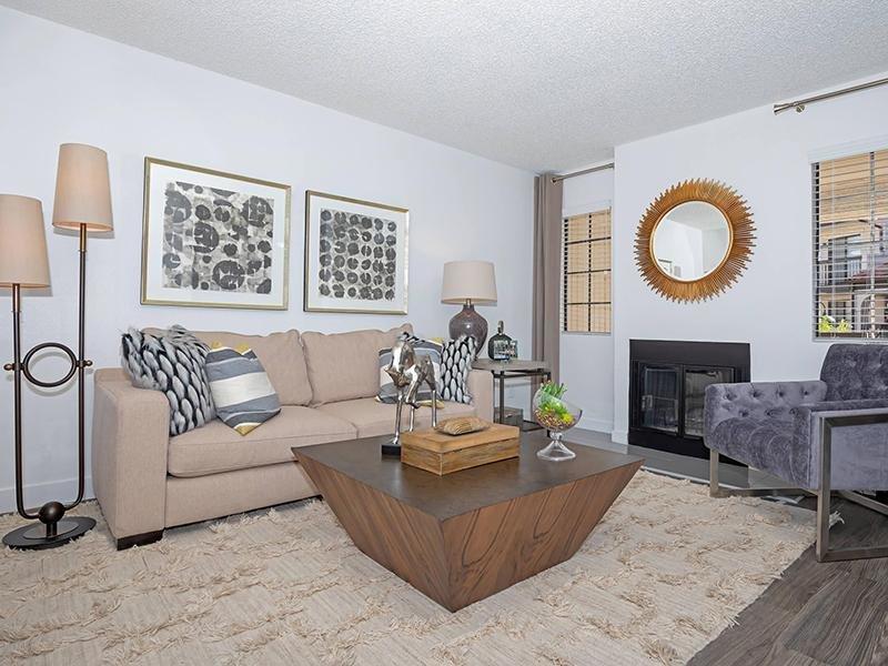 Living Room |  Entrada