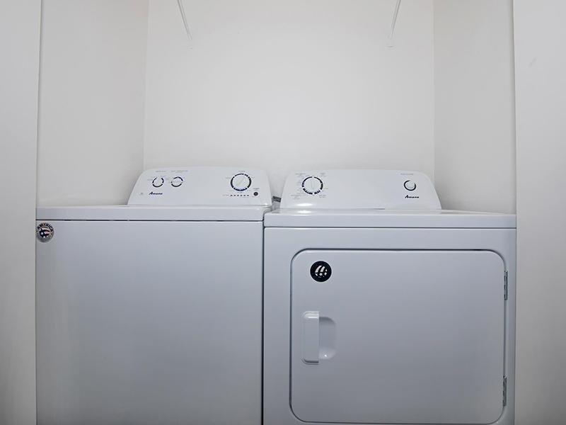 Washer & Dryer | Entrada