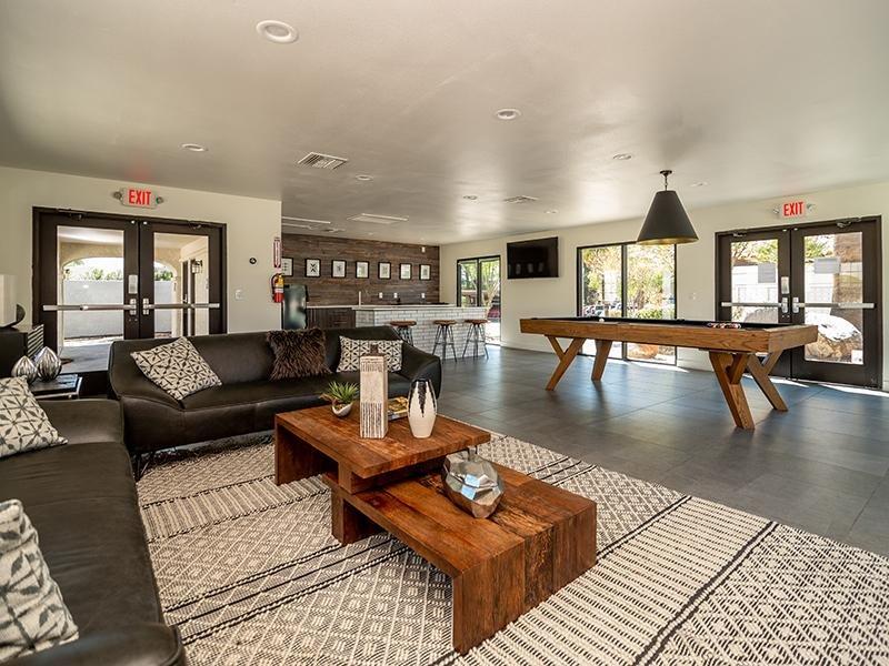 Clubhouse | Entrada Apartments