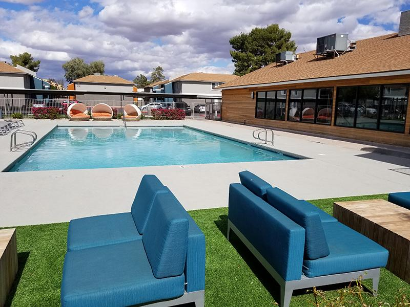 NEW Pool - Lounge - Mesa, Arizona