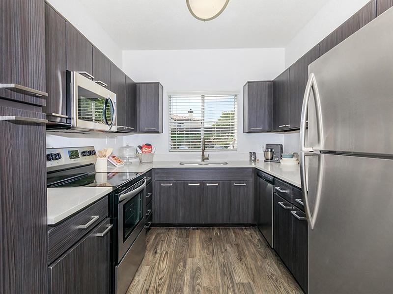 Kitchen | Pinnacle Heights Apartments Tucson AZ